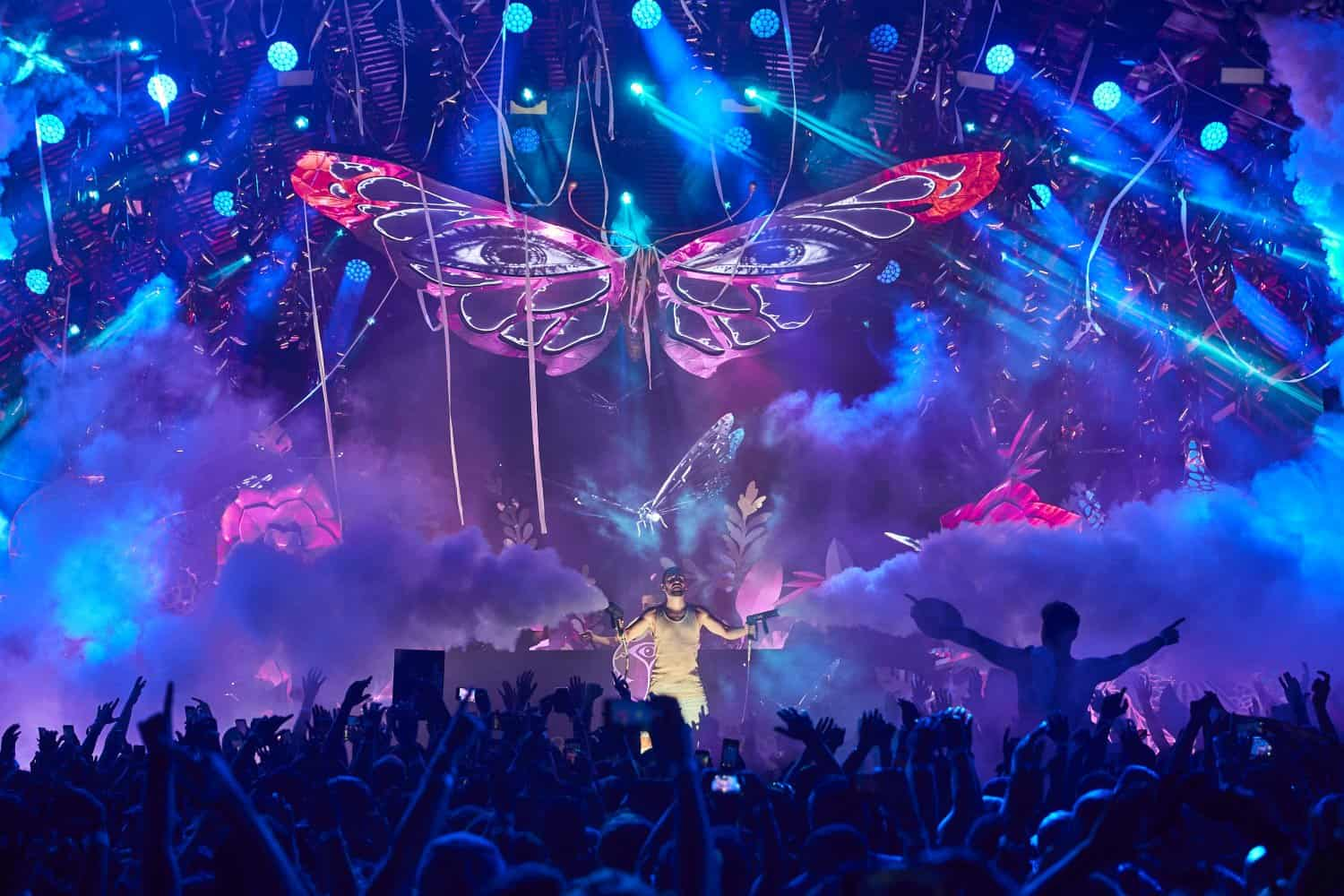 Tomorrowland presents Dimitri Vegas & Like Mike Ibiza 2019 - Tickets, Events and Lineup 1